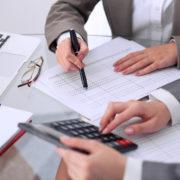 مشاور مالی و حسابداری
