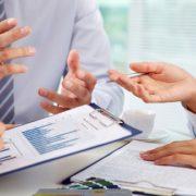مشاور مالی و سرمایه گذاری